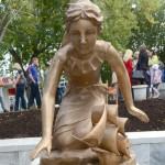 Скульптура «Ассоль» появилась в Кирове.