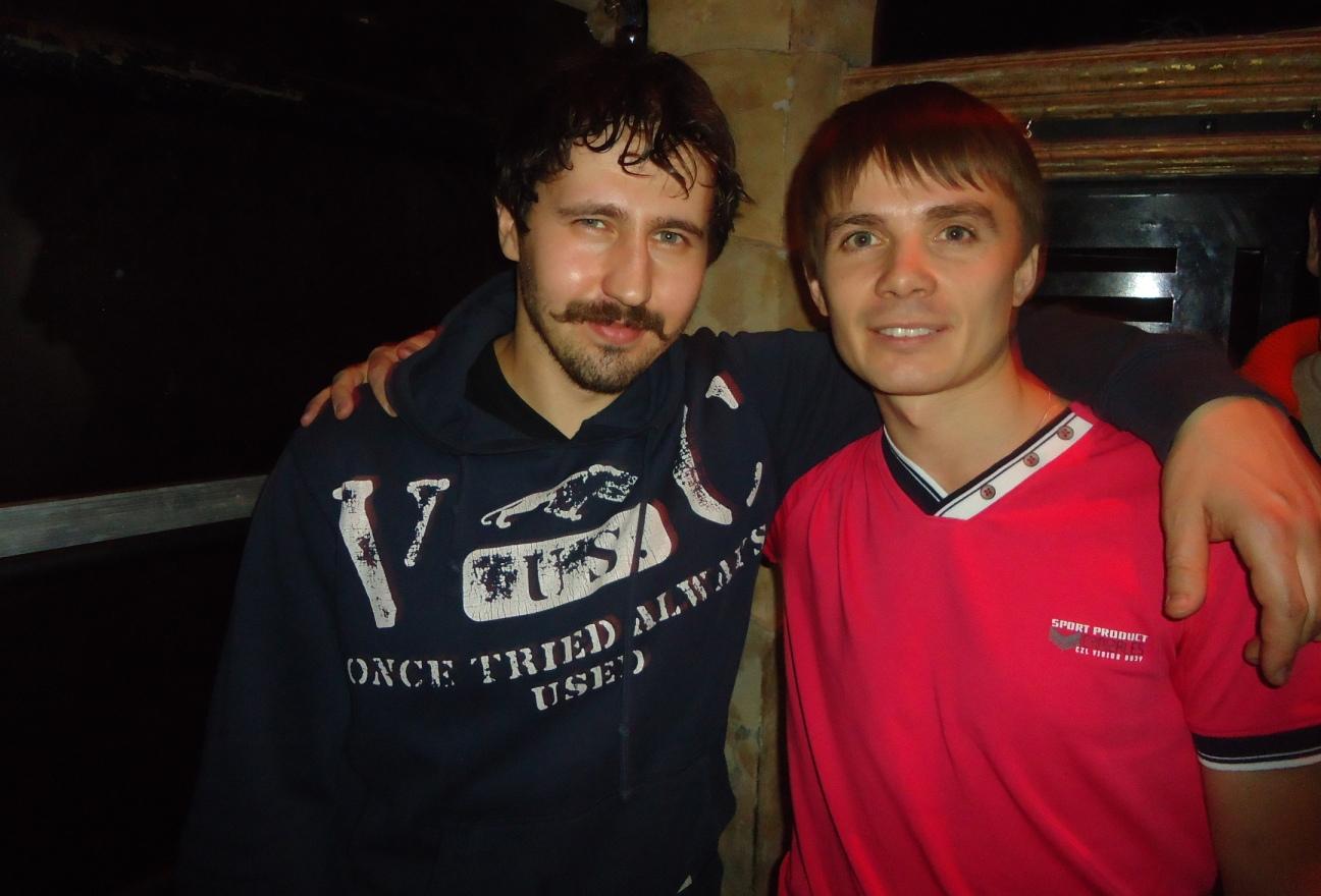 Игорь Растеряев слева
