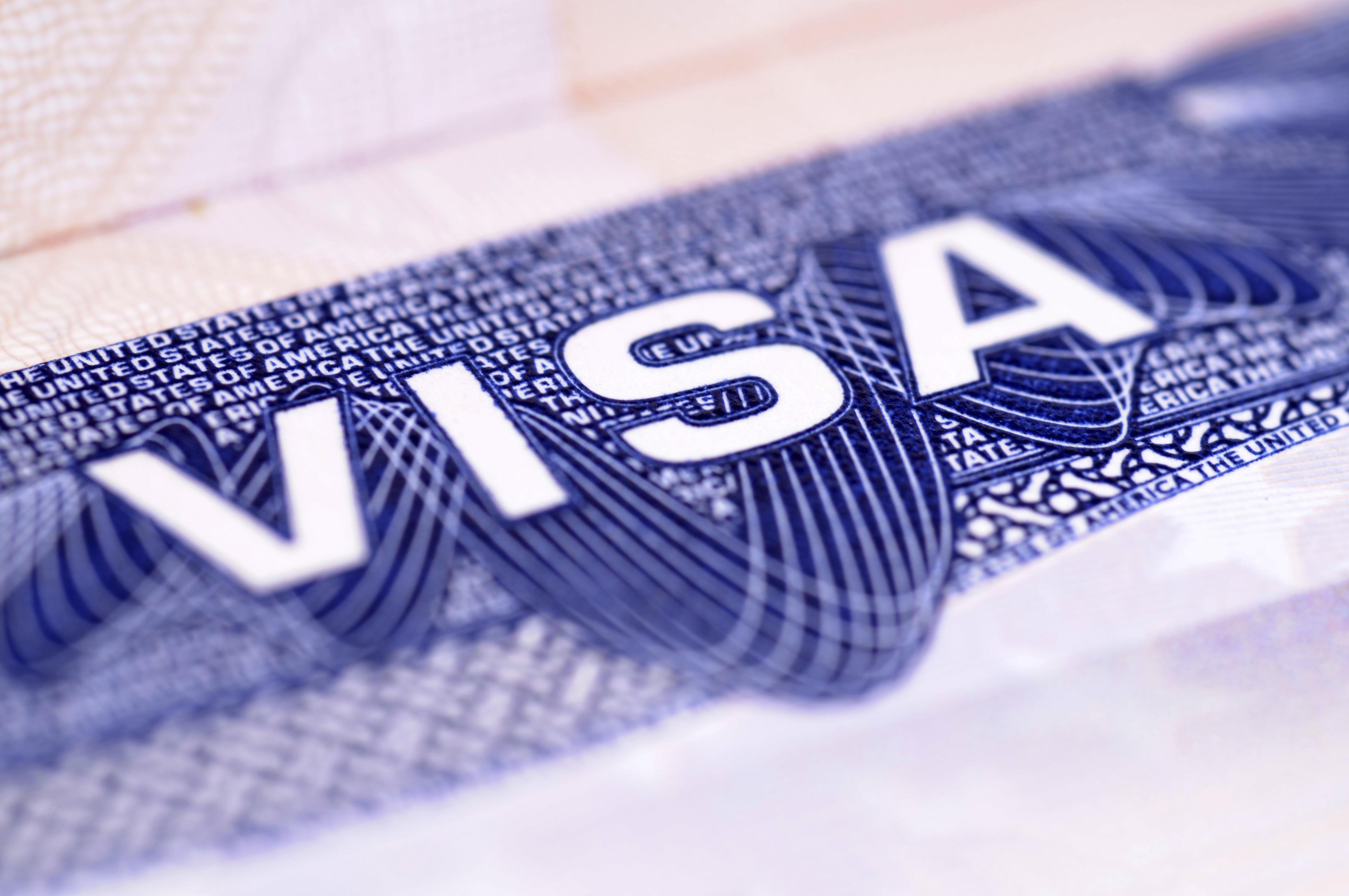 Великобритания запускает новые двухгодичные визы для китайских граждан