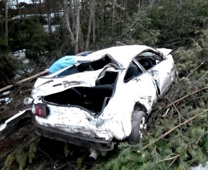 В Кирове 28-летний водитель Toyota съехал в кювет