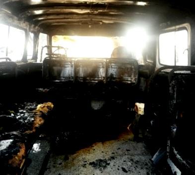 Сегодня в Кирове во время движения загорелся УАЗ
