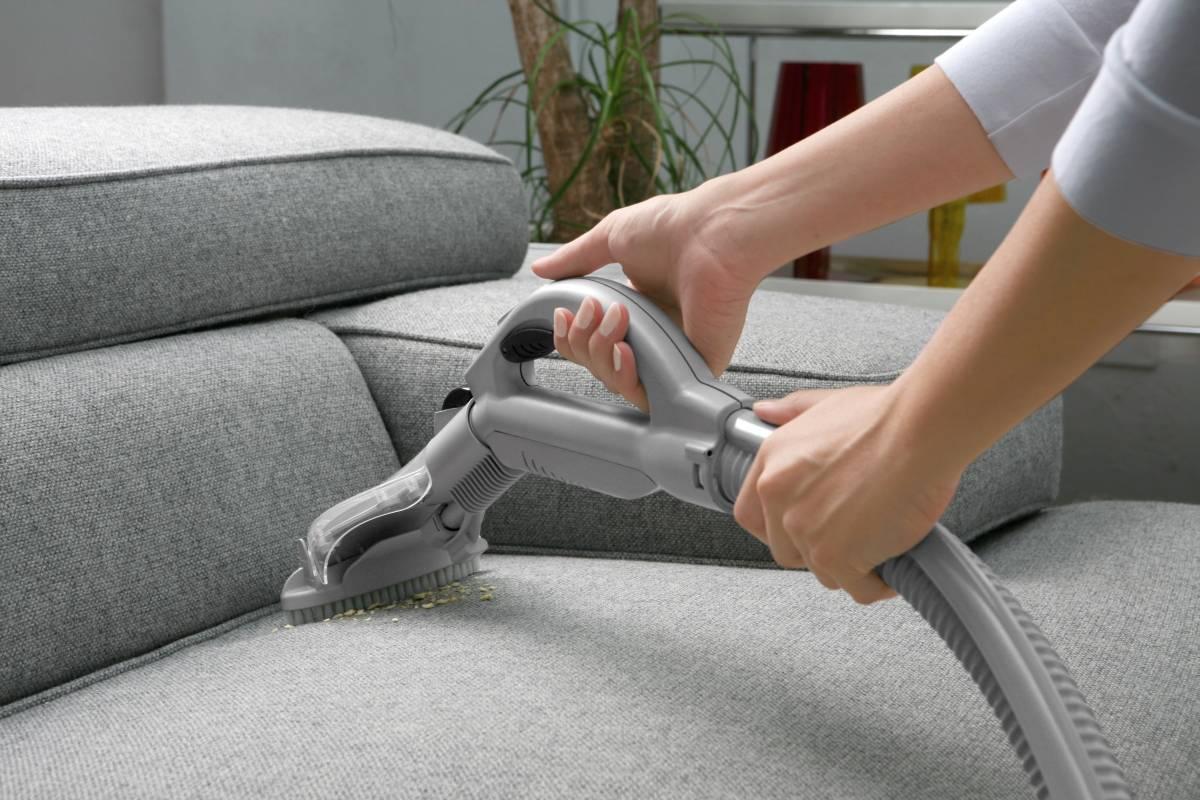 как делать химчистку мебели