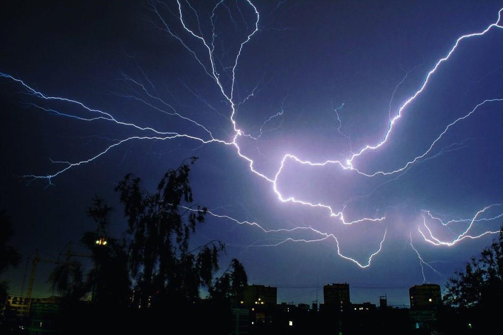 В Кирове ожидаются сильный дождь и грозы