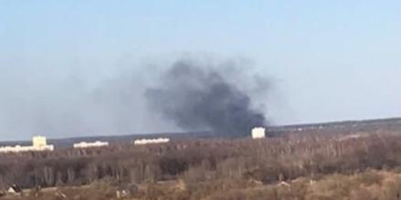 Вот такой пожар произошел 1 мая в Кирове. И это только один случай из более чем 65 пожаров