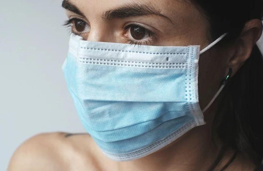 В карантине по профилактике коронавируса находятся 11 кировчан