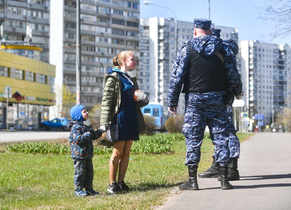 Карантин в Кировской области будут снимать в три этапа