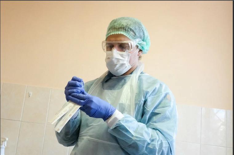 В Кировской области от коронавирусной пневмонии умер еще один человек