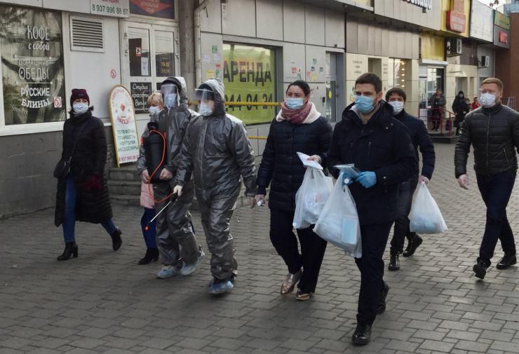 Волонтеры Кирова будут раздавать маски жителям