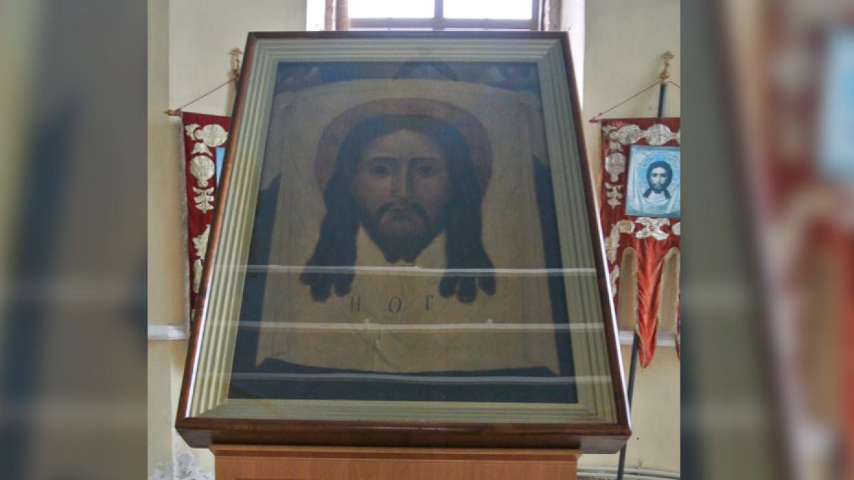 Отреставрированная икона вернулась в Спасский собор в Кирове