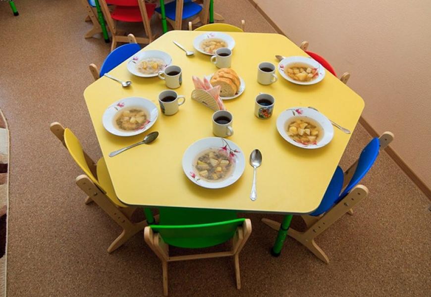 Опыт Ульяновской области по организации детского питания может быть применён в Петербурге