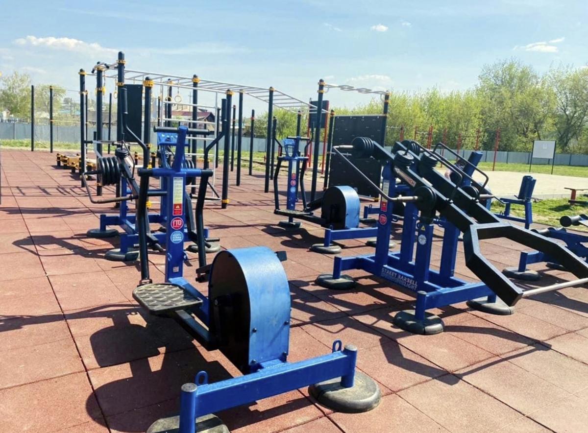 В Кировских парках заработают спортивные комплексы на открытом воздухе