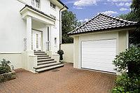 Секционные ворота для частного дома — разновидности, декоративная отделка