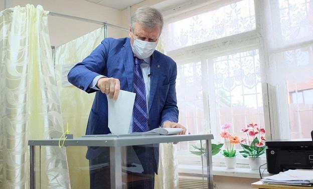 Игорь Васильев проголосовал на выборах в ГД